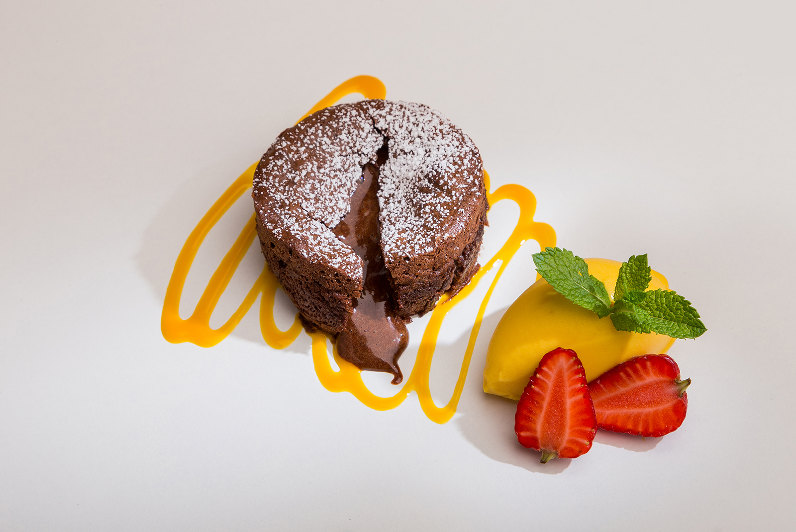 Soufflé cremoso de chocolate negro, Restaurante Jaizkibel